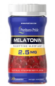 Мелатонин, 2,5 мг., жевательные конфеты со вкусом клубники, Puritan's pride, 60 конфет